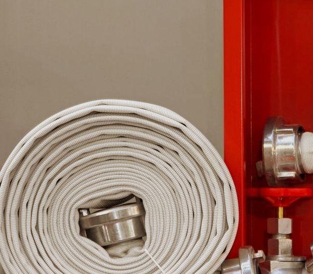 Пожарные краны и шкафы